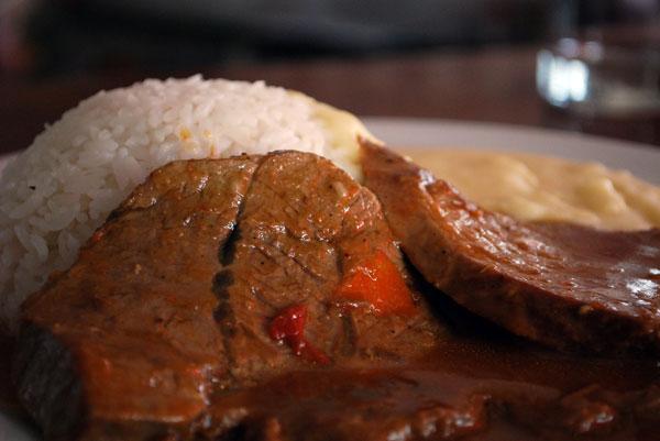 asado de carne a la olla